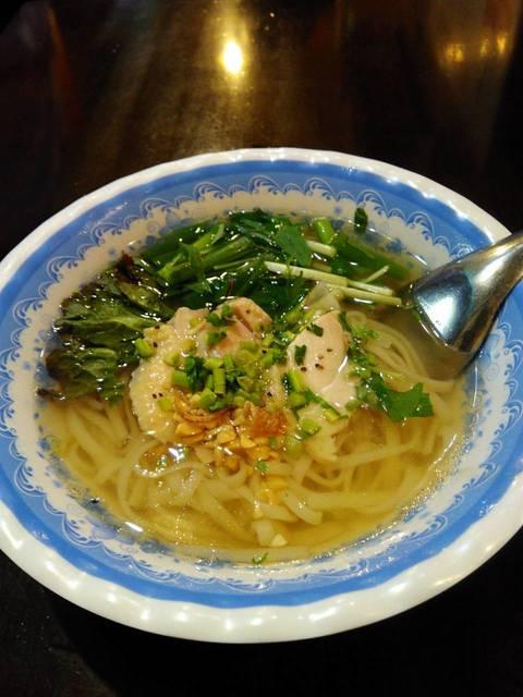 チョップスティックス 高円寺本店 - あっさり蒸し鶏のフォー