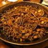 コリータ - 料理写真:パエジャ(イカ墨のフィデウア)