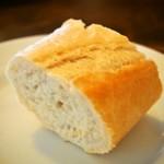 コリータ - パンは食べ放題