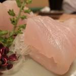 季節料理 なみき - 料理写真:「活 すずき」750円