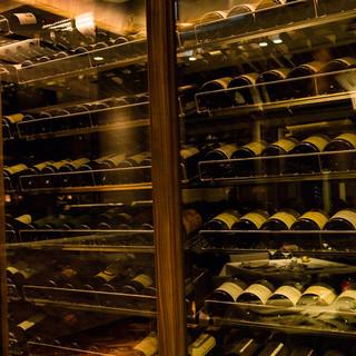 常時300本以上のワイン