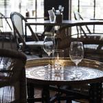 PREMIER VILLA - 1点もののテーブルと椅子
