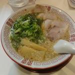 麺毅家 - ラーメン(並)