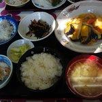 6856915 - たら唐揚のチリソース炒め定食(580円)