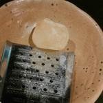 厨 - 岩塩でも肉が締まる