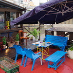 トラットリーア・ケイ・イタリアーノ - 外観写真:オープンエアの開放的なお席です。夏にBBQも!