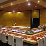 寿司正 - おすすめのカウンター席。