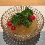 銀座 圓 - 金糸瓜と蓴菜の酢の物