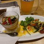 恵比寿餃子 大豊記 - マーラーピータンとあさりのビール漬け。
