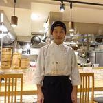 恵比寿餃子 大豊記 - 若き料理長