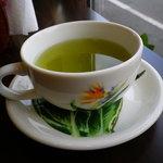 ホヌハレカフェ - サービスの緑茶