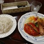 洋食屋 キッチン ふくま - コンビプレート(ライス+メイン皿)