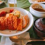 イーストウッドカントリー倶楽部レストラン -