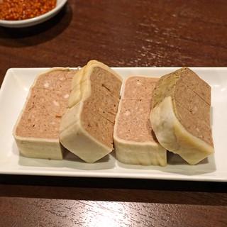 肉山 - 料理写真:肉のパテ