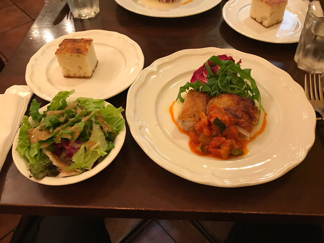 ディアボラ 大宮店 - 本日のお肉料理ランチ:鶏もも肉のロースト(税込960円)