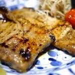 68612119 - 茶美豚(チャーミー豚)西京焼き アップ