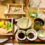 豆とくるみ - 季節の野菜のセイロ蒸しランチ 生菓子付き1,600円