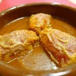サル イ アモール - 6.ピキージョ ピーマンの白身魚とエビの詰め物