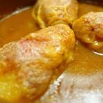 サル イ アモール - 7.ピキージョ ピーマンの白身魚とエビの詰め物