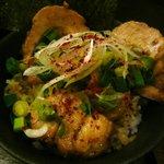麺や 紡 - 炙りチャーシュー丼