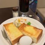 マドンナー - モーニングAとアイスコーヒー(500円)