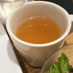 デラソウル シャルボン - スープ