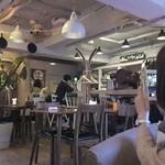 ダイナー&カフェ ロッジ -