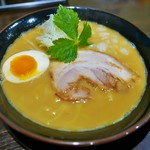 菩子母鼓 - 料理写真:鶏×豚骨(並)700円