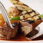 セサンパ - 料理写真:国産牛フィレ フォワグラ詰めステーキ ランド風