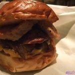 6863900 - ガリガリ肉バーガー