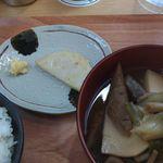 洋食 やまがた軒 - 芋煮定食