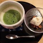 茶々 - 味彩御膳のデザートと抹茶