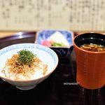 日本料理 とくを - じゃこご飯 赤出汁 香の物