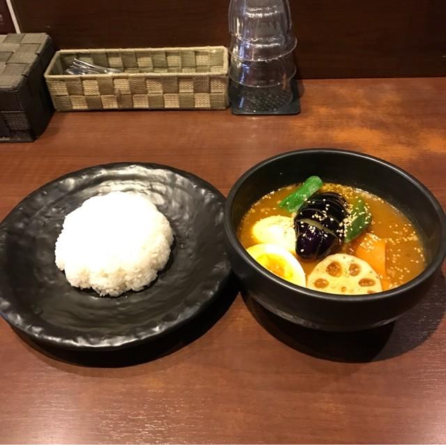 シャンティ 池袋店 - エッグと野菜のスープカリー。 税込961円。 美味し。