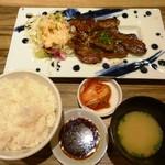 肉匠 太平楽 - 日替りの牛サガリ焼肉定食