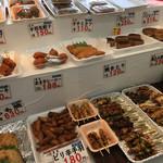 68650739 - 鶏のお惣菜もたくさん!