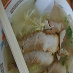 味の憲ちゃん - チャーシュー麵