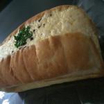 パンとエスプレッソと UTSUBO FACTORY - ど迫力なたまごサンド