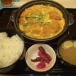 6867072 - カツ煮定食¥500