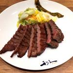 牛たん炭焼利久 - ↑牛たん定食1650円