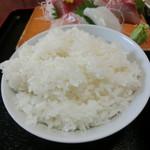 花ふじ - てんこ盛りのご飯