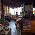 ココノラ - 雰囲気は洋食屋さんの様な