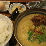 魯山 - もつ鍋定食みそ(\780)