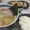 めん丸  - 料理写真:醤油ラーメン 590円 ぎょうざセット 390円