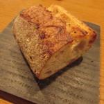 アノニム - Ca Marcheの天然酵母コッペパン