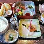 68690389 - 四季菜御膳1680円。