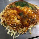 いっちゃん - 料理写真:お好み焼き イカ天そば