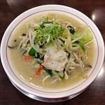 大豚白 - 大豚白麺(780円)