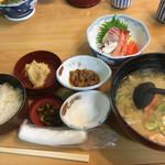 寺泊中央水産 まるなか - 料理写真: