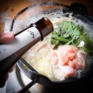 【贅沢に日本酒鍋!!】豪快に日本酒をドクドク・・